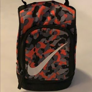 Nike lunch box with 2 sections